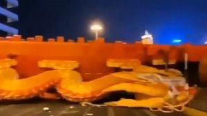 中國怪事頻發:巨龍突墜地!武漢雷聲震天(影片)
