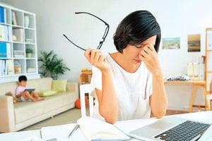 研究:「坐」超過8小時 提高抑鬱情緒