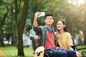 青少年網路交友應如何避免感情陷阱