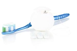 五張圖看懂牙線正確用法