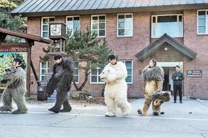 《獸頭救兵》異想天開的點子 助動物園重獲新生