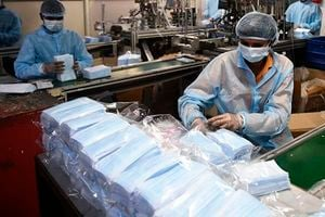 大陸口罩匱乏 企業全面復工困難