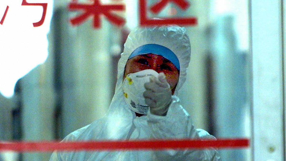 一名一線醫生稱,重症患者死亡率是90%,死前清醒慘叫、掙扎窒息而亡。(STR/AFP via Getty Images)