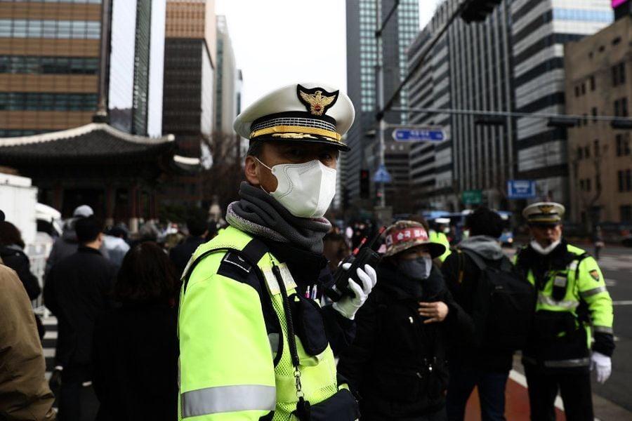 中共肺炎疫情告急 韓預警調最高級 暫停室內外活動