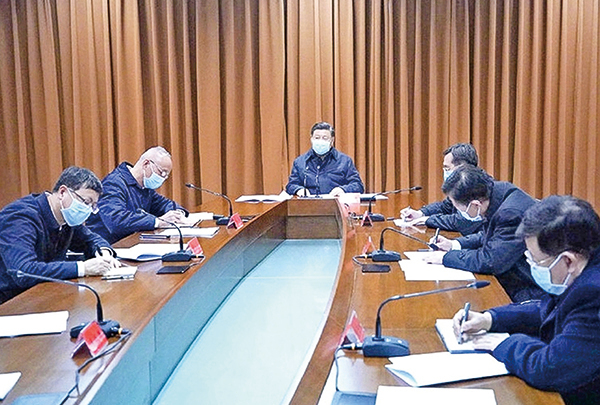 習稱,疫情拐點未到。圖為,2月10日,習近平聽取北京疫情防控工作匯報。(微博截圖)
