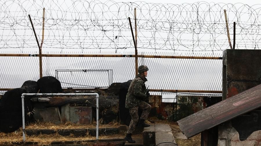 脫北驚魂:北韓獄警帶女囚摸黑偷渡