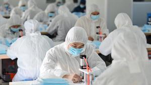 廣東安徽企業爆集體感染中共肺炎 商舖開業3天沒人來