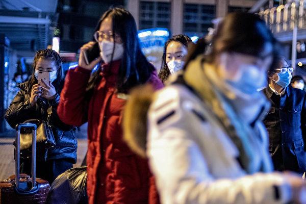武漢新型冠狀病毒的叫法是政治問題。中國駐日本大使館發出致「在日同胞的公開信」,提醒在日本的中國人注意新型冠狀病毒疫情,但信內容竟然將「武漢肺炎」稱為「日本新型冠狀病毒疫情」(NOEL CELIS / AFP)
