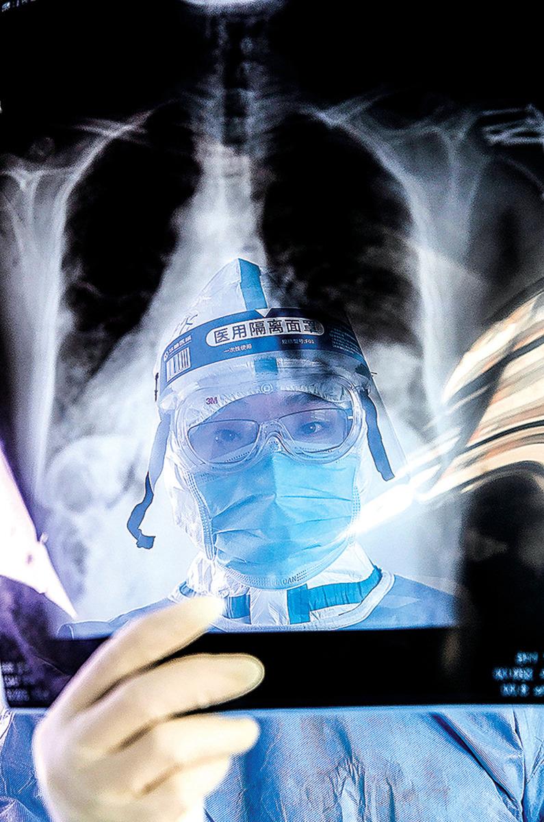 大陸的很多移植醫生都涉嫌參與活摘器官。在中共的體制下,白衣天使變成了白衣惡魔。圖為示意圖。(Getty Images)