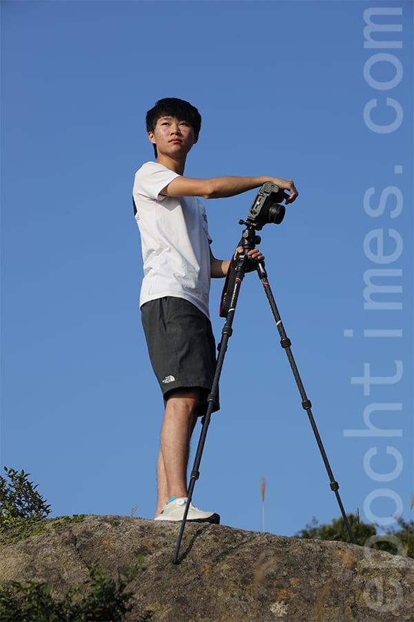 回顧攝影路,Kelvin相信這是跟隨自己的意願走的路,很多事情是發自內心覺得應該走下去,擁有一個屬於自己的人生。(陳仲明/大紀元)
