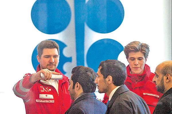 OPEC+減產協議未達成 美油大跌逾10%