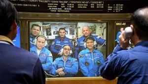 日本太空人與地球連線 介紹「漂浮」生活