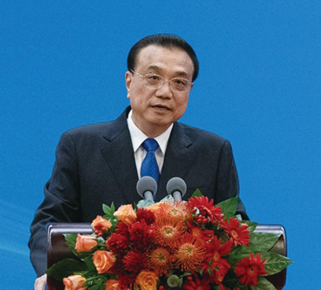 有分析認為,李克強接連喊話印證了中國經濟深陷重重危機的窘境。(Fred Dufour - Pool/Getty Images)