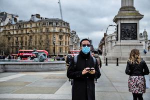 英政府「零防疫」 專家憂失控