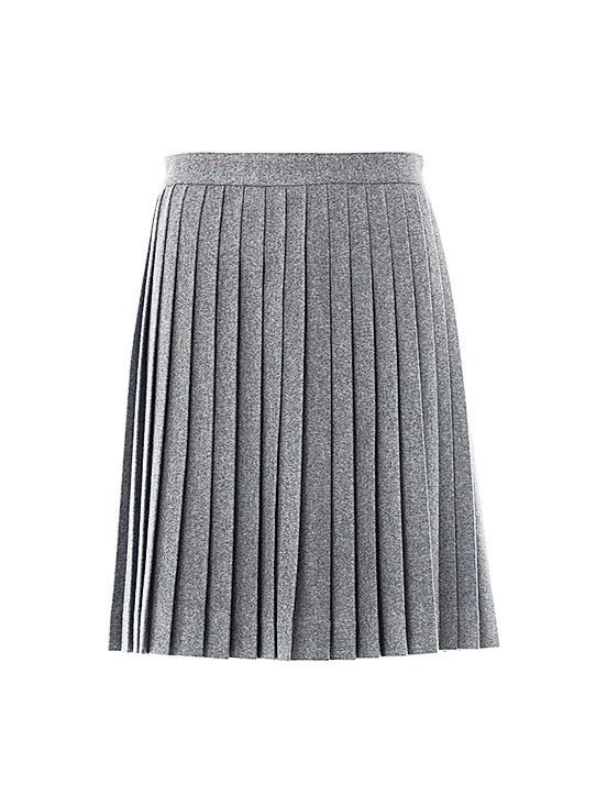 百褶裙:適合擁有小蠻腰的女士。(lyst)