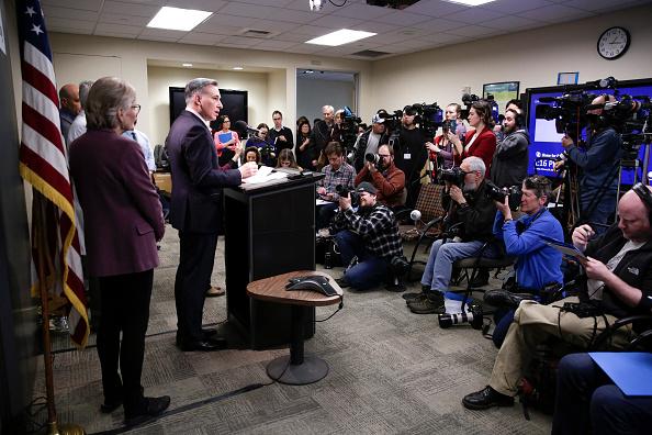 衛生部官員於2月29日在西雅圖通報全美首例武漢肺炎死亡案例(JASON REDMOND/AFP via Getty Images)