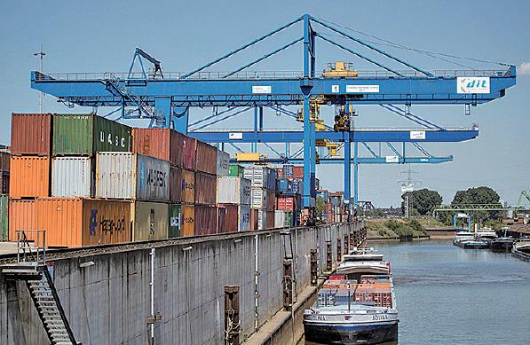 杜伊斯堡是北威州跟中共互動最活躍的城市,杜伊斯堡港口是中共一帶一路進入歐洲的大門。(Maja Hitij/Getty Images)