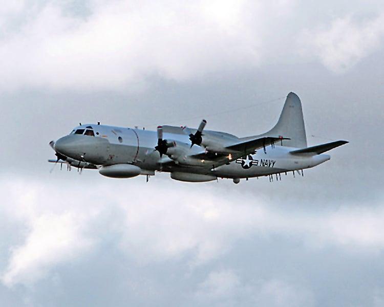 美軍機飛越南海 一度接近香港