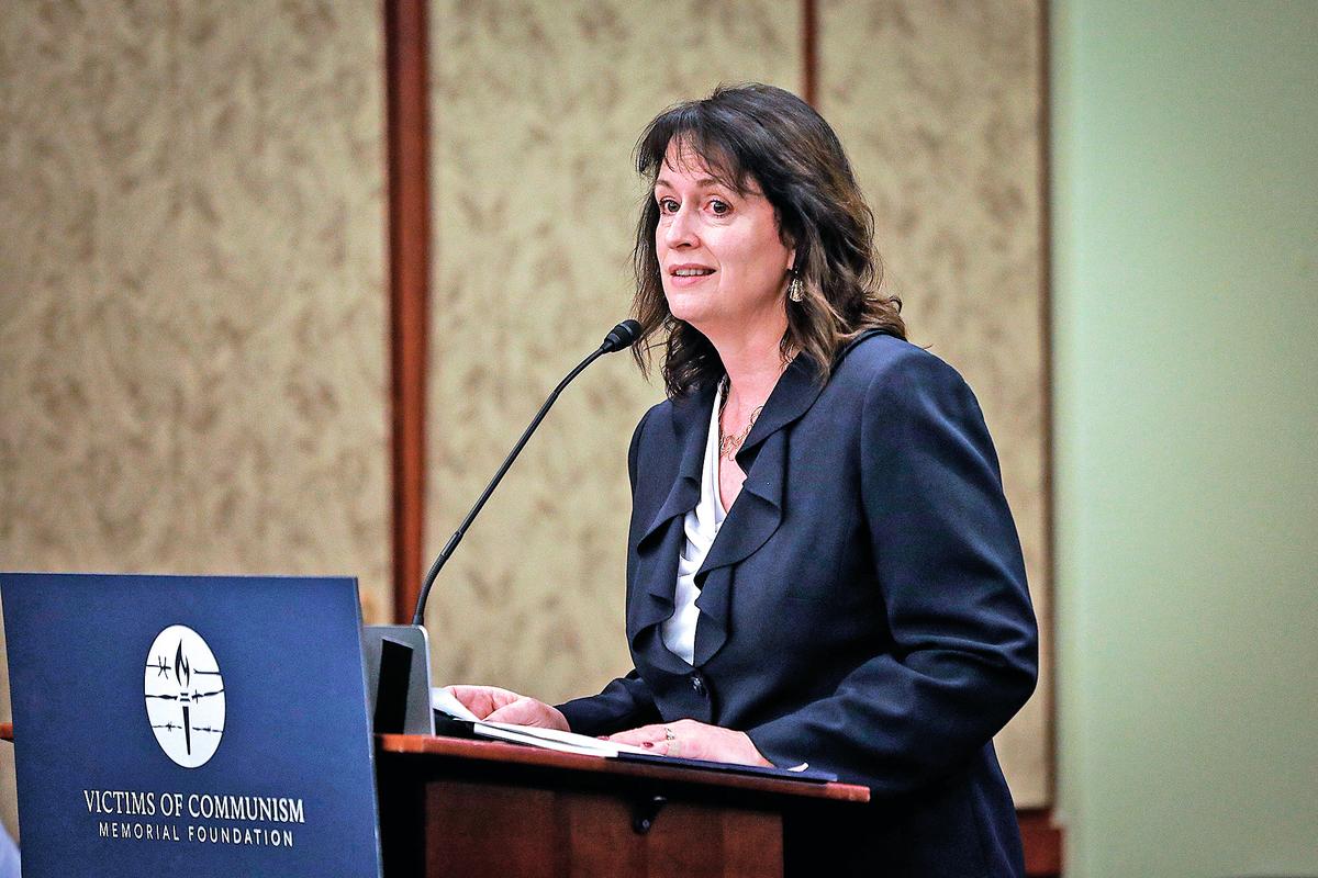 美國國際宗教自由委員會副主席納迪娜馬恩扎。(Samira Bouaou/大紀元)