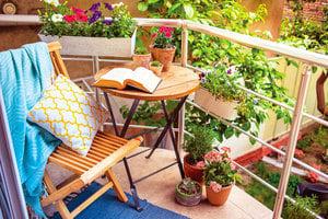 活用設計 公寓陽台變成戶外綠洲