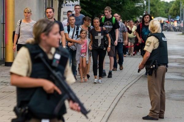 慕尼黑槍擊 一名槍手開槍爆頭自殺