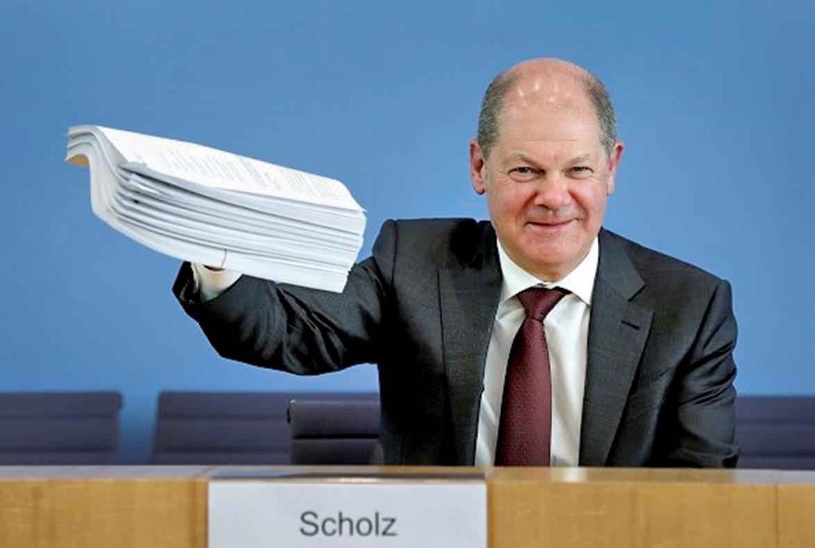 為了應對中共肺炎,德國財政部長紹爾茨公佈了德國史無前例的紓困方案,總額達7,500億歐元。(AFP)