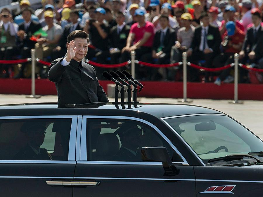 圖為2015年9月3日習近平在北京閱兵。(Kevin Frayer/Getty Images)