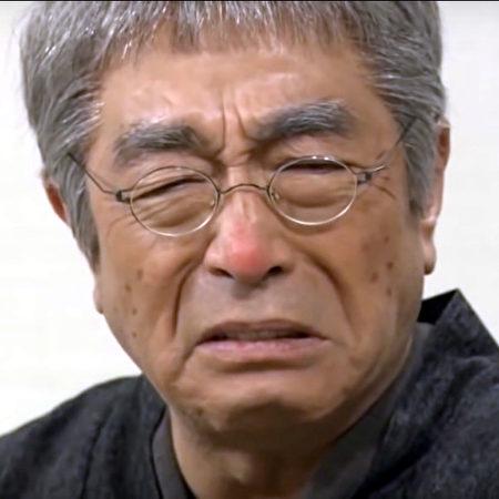 日本喜劇泰鬥志村健,29日晚因中共肺炎驟逝,網友們紛紛表示哀悼,維基百科也更新志村健死亡的消息,不過卻在網路上引發一場病毒名稱編輯之戰。(維基百科)