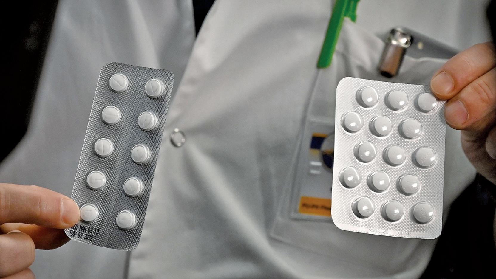 美國食品藥品管理局(FDA)3月29日發佈緊急授權,允許羥氯奎(hydroxychloroquine)用於治療中共肺炎。(AFP)