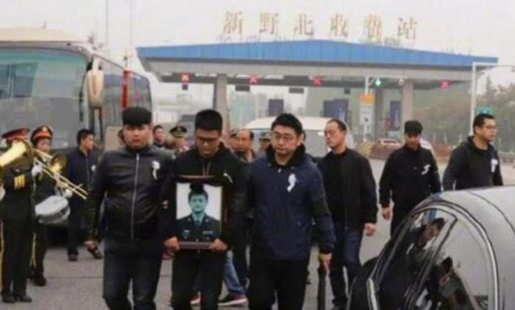 中共官方證實,飛行員龔大川10月11日在執行訓練任務時墜機身亡。(網絡圖片)
