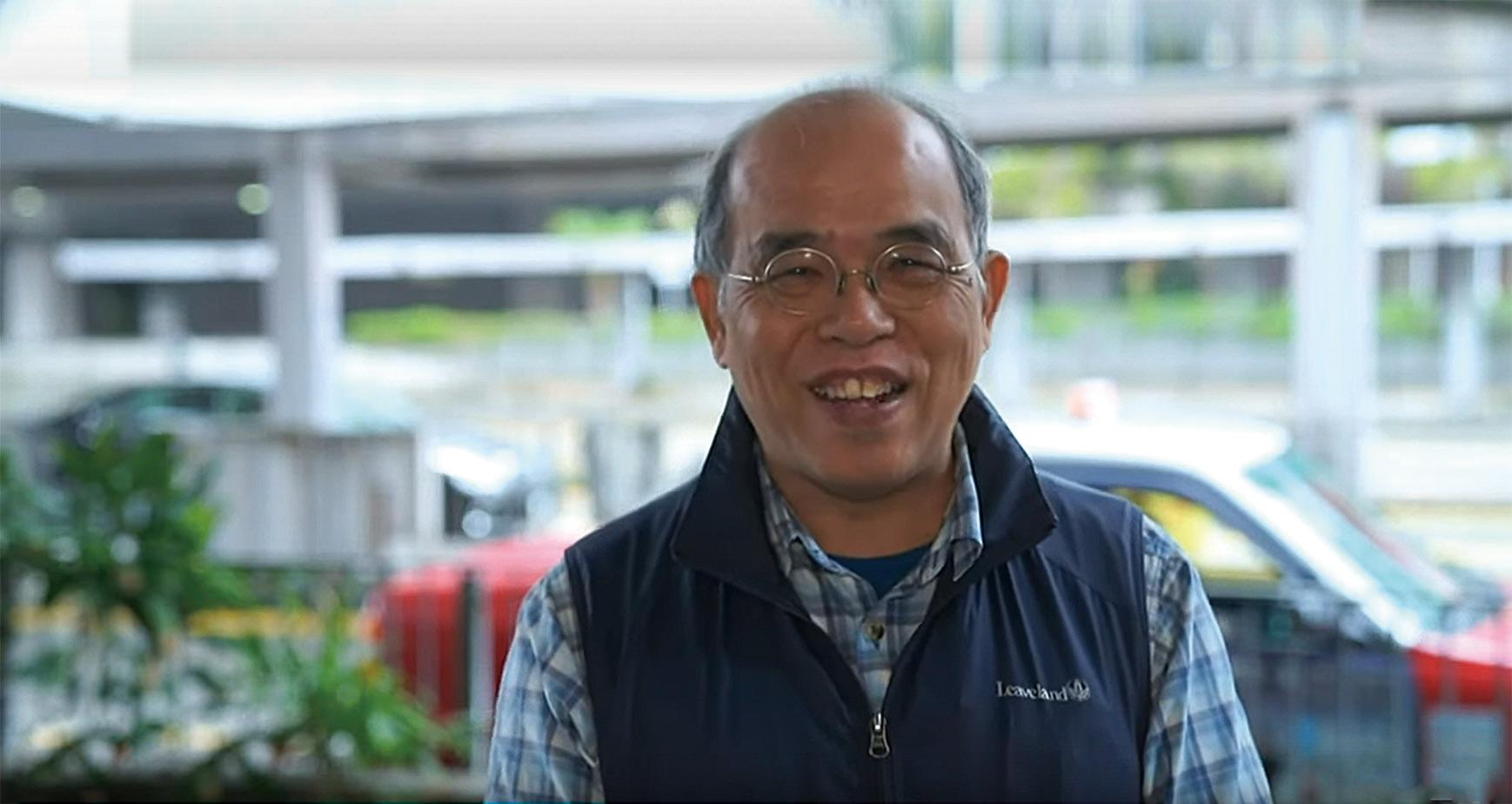 香港民意研究所名譽總監鍾劍華教授。(採訪影片截圖)