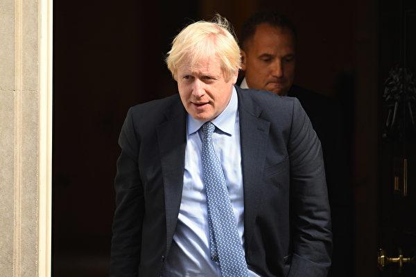 英國首相約翰遜被送入深切治療部後,目前狀況穩定。(Getty Images)