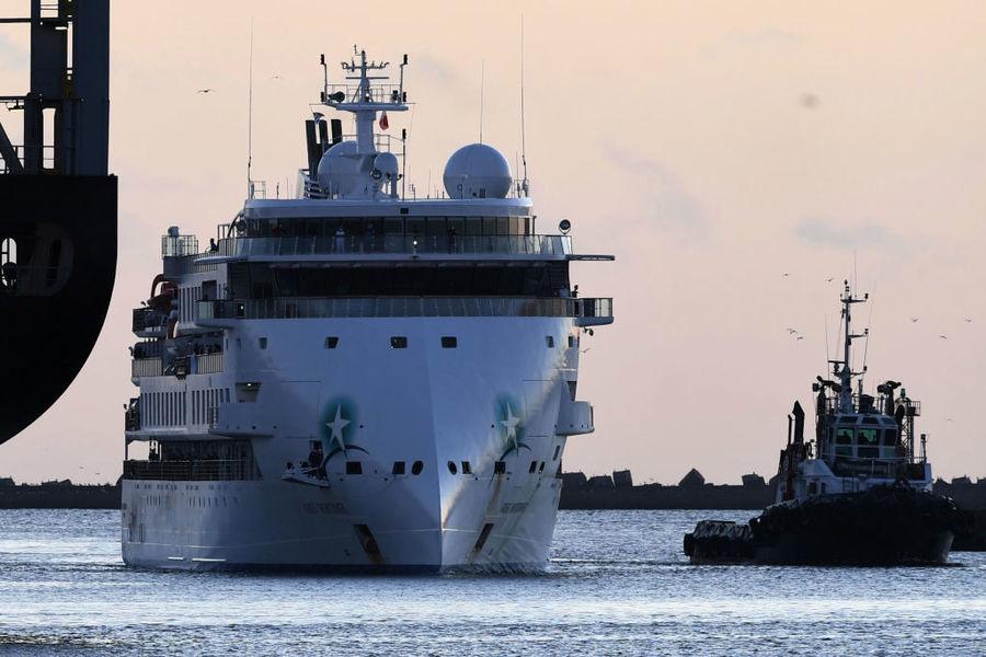 海漂兩周逾百人染疫 澳洲郵輪終靠烏拉圭港口