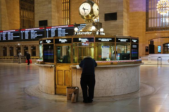 中共病毒肆虐,2020年4月10日的紐約Grand Central Terminal中央地鐵站,基本上空空蕩蕩。