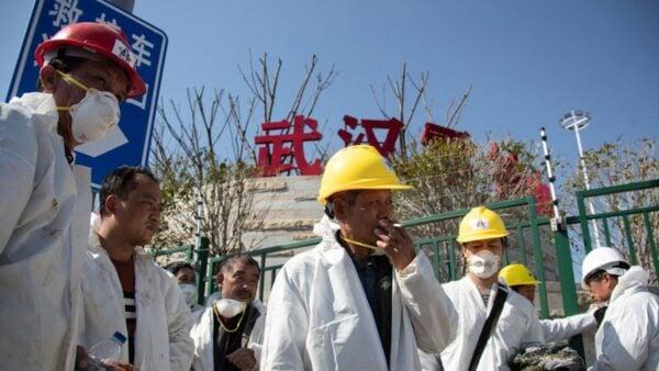 圖為武漢雷神山醫院外景。(STR/AFP via Getty Images)