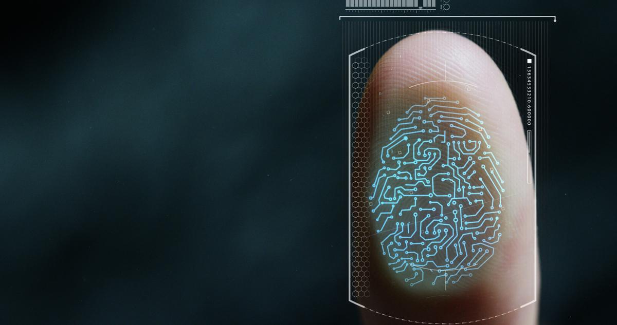 微軟、疫苗聯盟(GAVI)、洛克菲勒集團等資助的「ID2020聯盟」(ID2020 Alliance)去年9月已推出一項計劃,擬運用生物指紋技術,將各國接種疫苗者的數碼ID匯入數據庫。(shuttertock)