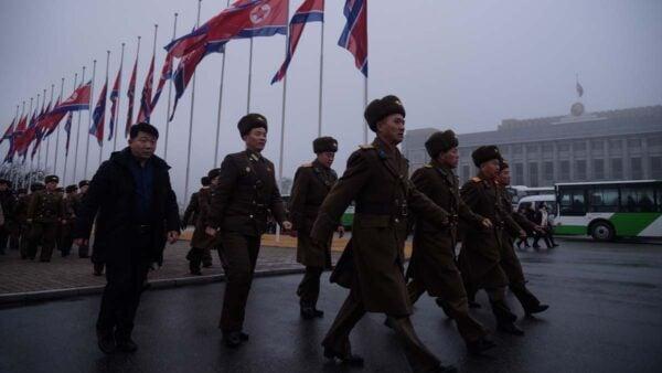 圖為平壤的北韓士兵。(KIM WON JIN/AFP via Getty Images)