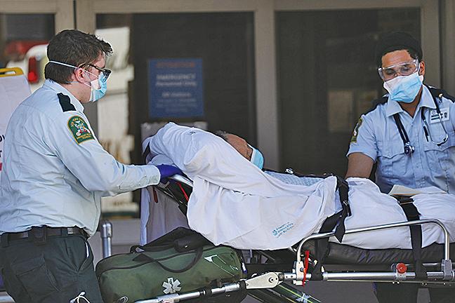 周日(4月12日),紐約市感染人數總數超過104,000。圖為紐約Maimonides Medical Center。(Getty Images)