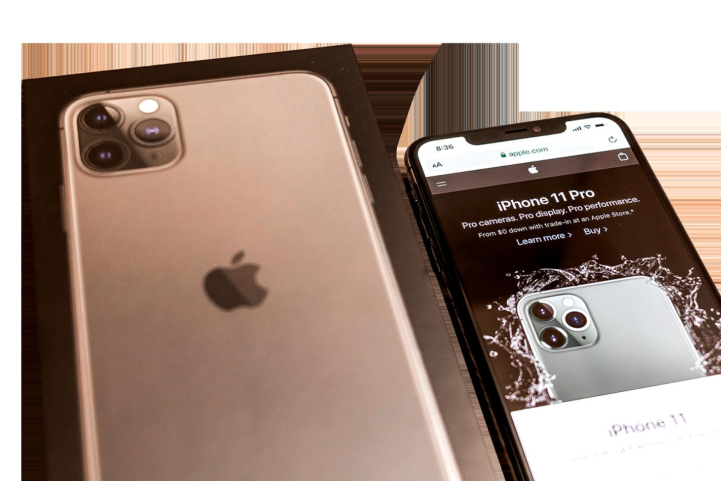 推特爆料帳號Fudge(choco_bit)洩漏出來一組圖片,暗示其為新一代iPhone的示意圖。(推特截圖)與iPhone 11 pro相比,iPhone 12預測將縮小瀏海,並採用四角三鏡頭方式。(Shutterstock)