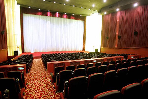 萬達旗下AMC戲院傳破產謠言  陸註銷影視公司超過5千