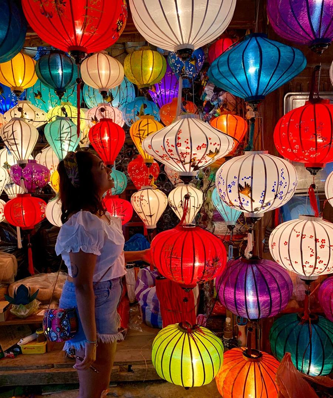 莉莉有志擔任「文化大使」,利用網絡平台分享不同的文化,讓更多人了解印度人和香港人的世界。(受訪者提供)