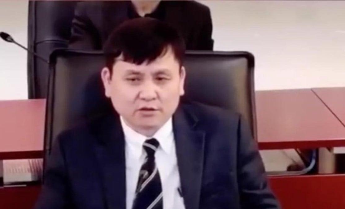 中國上海的張文宏醫生因談論中共肺炎疫情時曾大膽說出疫情的嚴重性而在網絡社群中意外走紅。(網絡圖片)