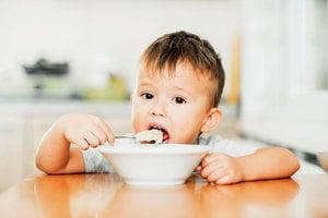 白米粥功效媲美人參湯? 多吃粥能補元氣延年益壽