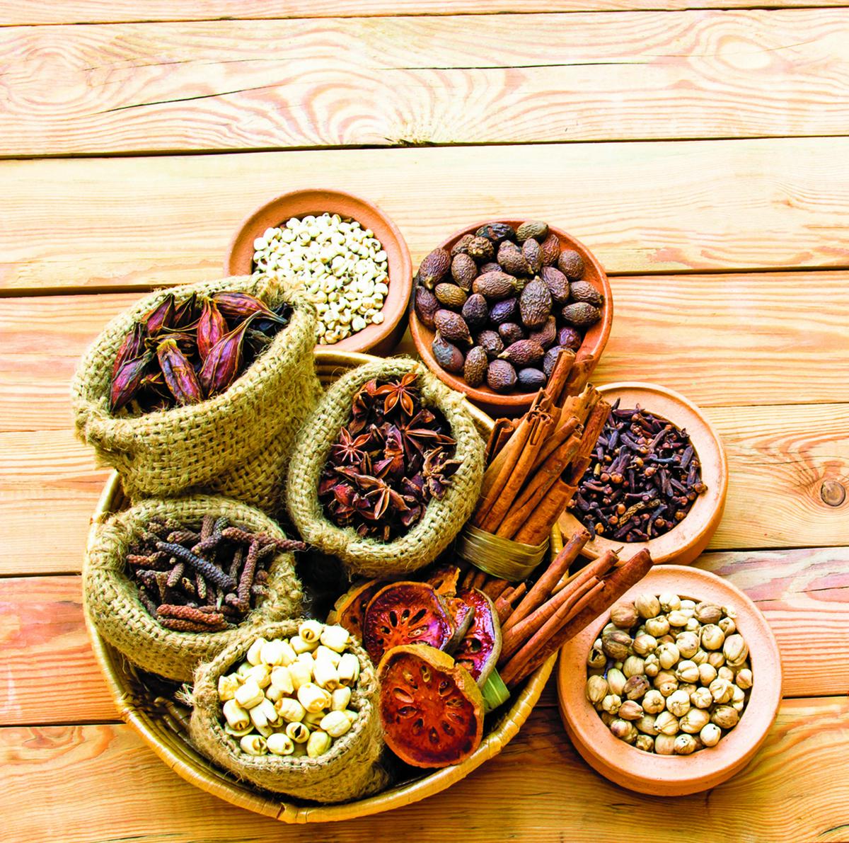 如果保存不慎,乾燥香料仍可能發黴,造成食安疑慮。