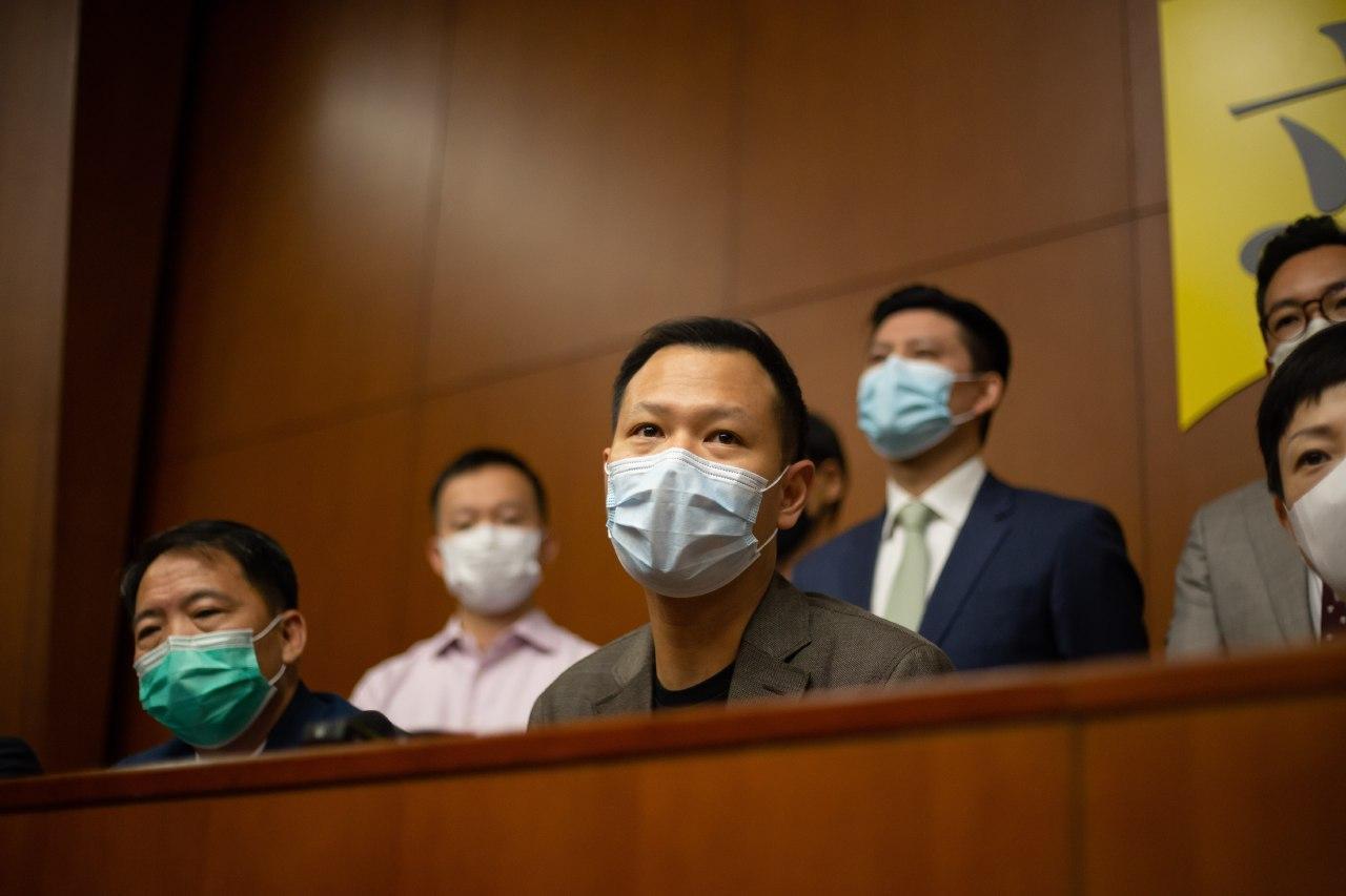 郭榮鏗強調,港澳辦指控他違反《基本法》、香港法律、《議事規則》或其它守則,是毫無事實根據和法律基礎。(公民黨提供)