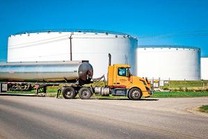 國際油價連崩兩日 美能源業面臨淘汰賽
