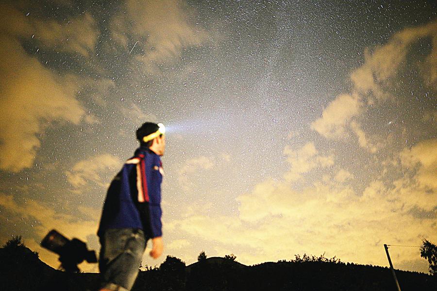 8月星空英仙座流星雨爆發