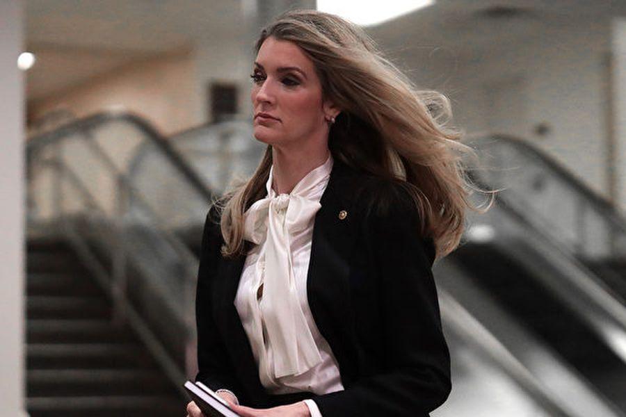 圖為國參議員凱利・洛夫勒(Kelly Loeffler),她敦促特朗普政府在正在進行的中美貿易談判中,迫使中共政府做出「重大讓步」,因為中共政府應該對中共病毒引起的美國經濟和社會困境負責。(Photo by Mark Wilson/Getty Images)