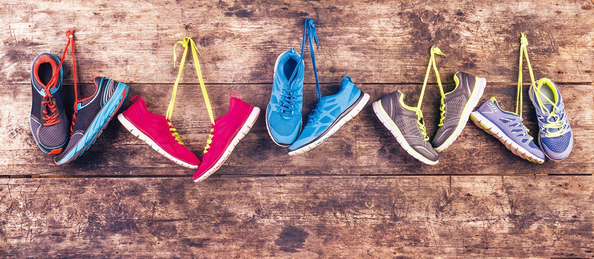 用一些簡單的方法,就可以去除鞋子裏的臭味。(Fotolia)