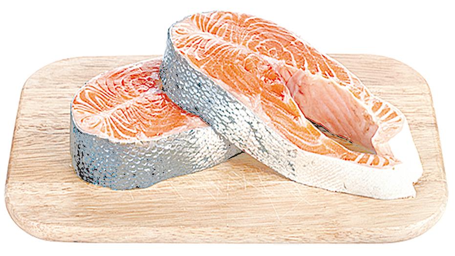 主廚推薦分片包裝的冷凍三文魚片,可以分批解凍使用。